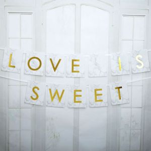 Love is sweet slinger Marmer Goud