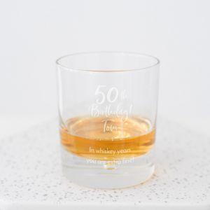 Whiskeyglas met naam birthday goud 50