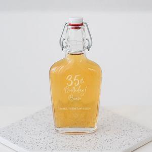 Whiskey beugelfles met naam birthday goud leeftijd