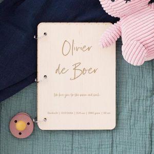 Gepersonaliseerd babyboek naam