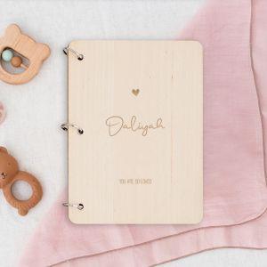 Gepersonaliseerd babyboek sierlijk met icoontje