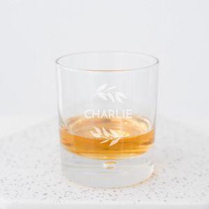 Whiskeyglas met takjes en naam