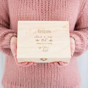 Gepersonaliseerde houten theedoos positivitea