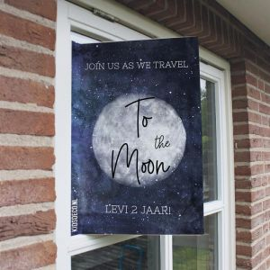 Raambord verjaardag to the moon