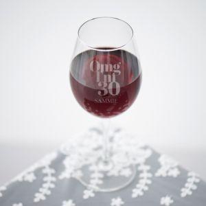 Wijnglas graveren omg 30